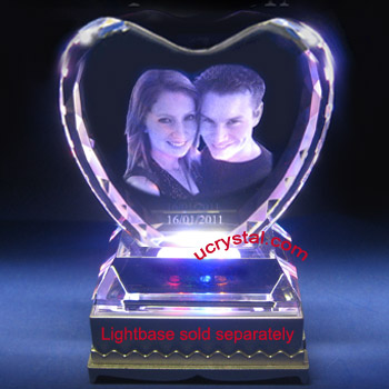 laser etched photo crystal facet heart with base