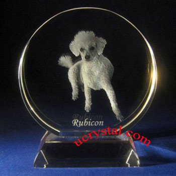 Round laser photo crystal with base