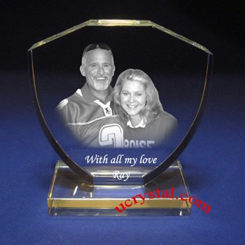 Shield photo crystal with base