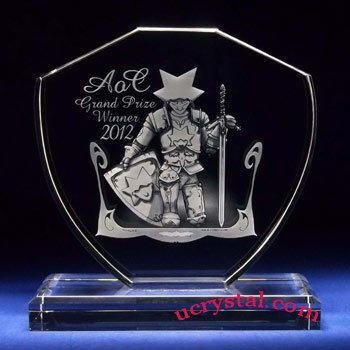 Shield laser photo crystal with base - XL