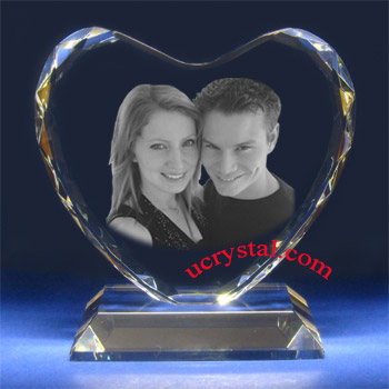 laser etched facet 3d  photo crystal heart - B2150-2